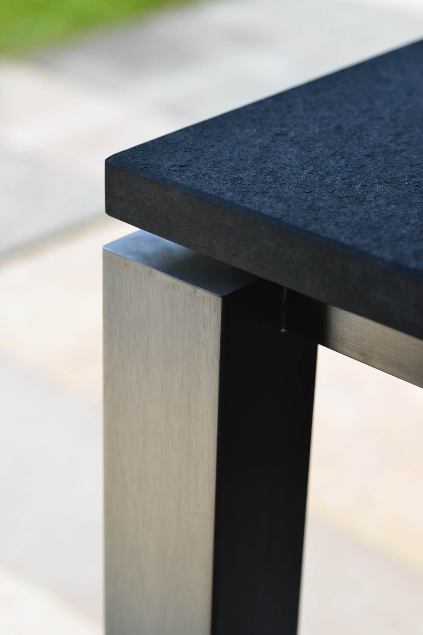 TischgestellNeroAssolutogeflammt+gebürstet